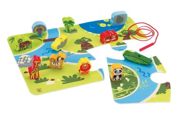 Hape On Safari Play Set
